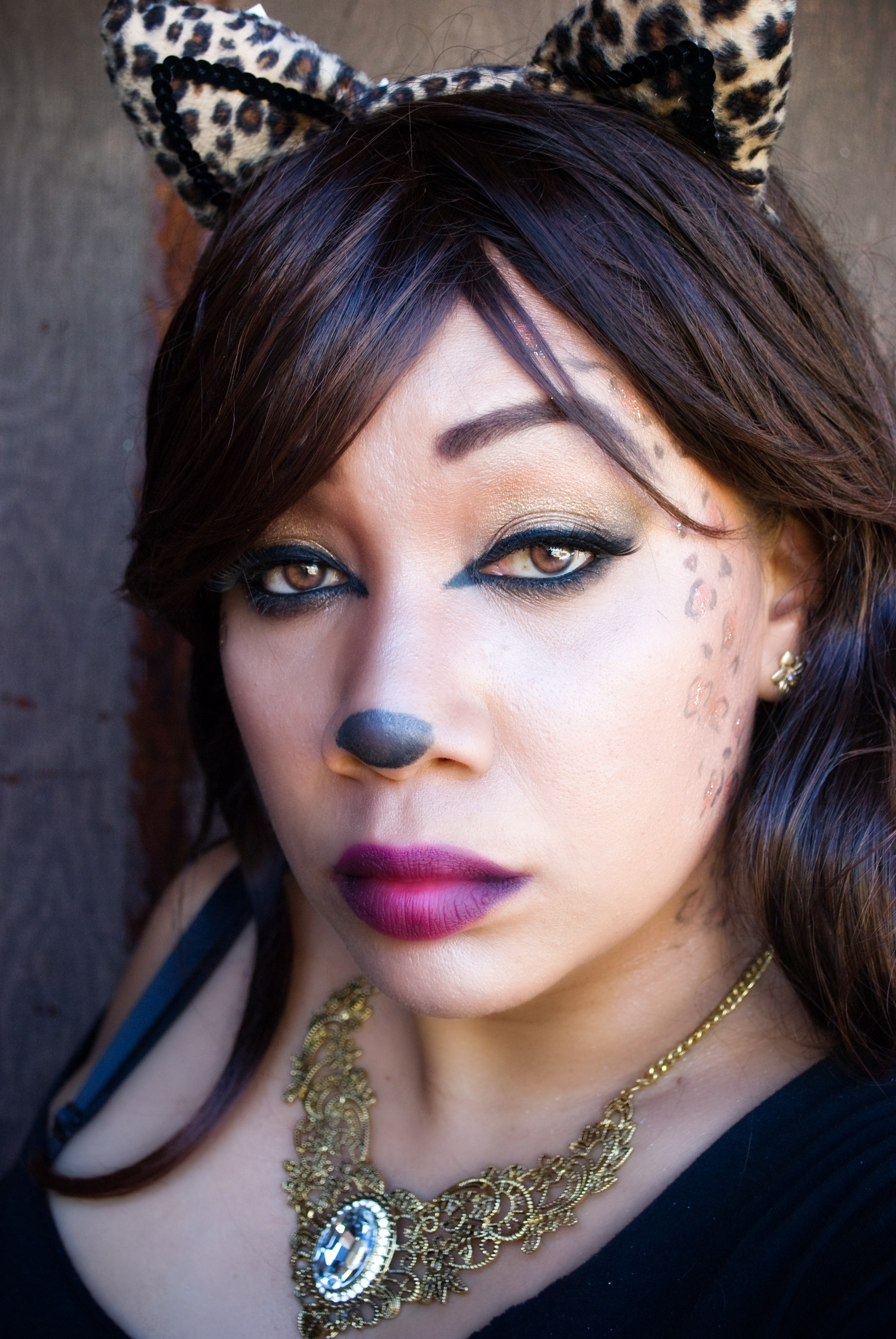da7e7c98bb53 Sexy Glamour Kitty – Leopard Halloween Makeup Tutorial – Easy and Fast