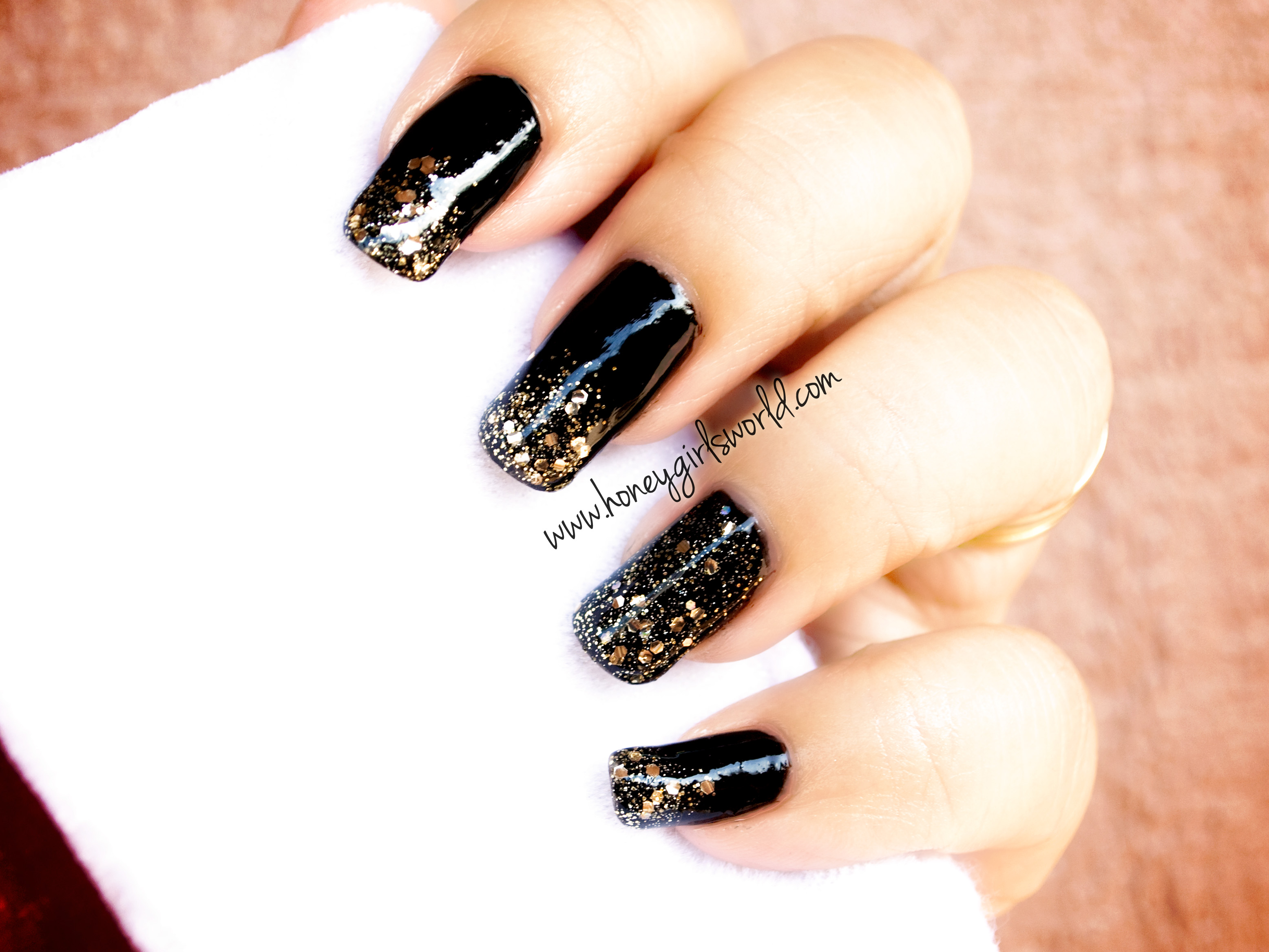 Black sparkle holiday nails 2