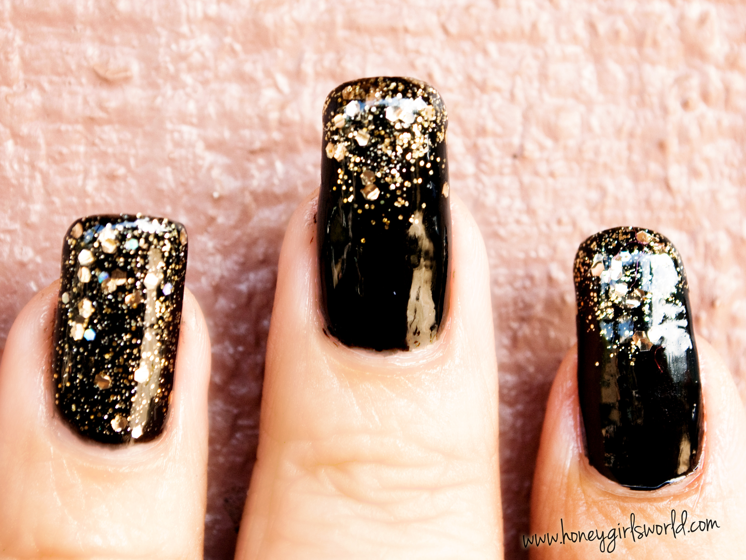 black sparkle holiday nails 4