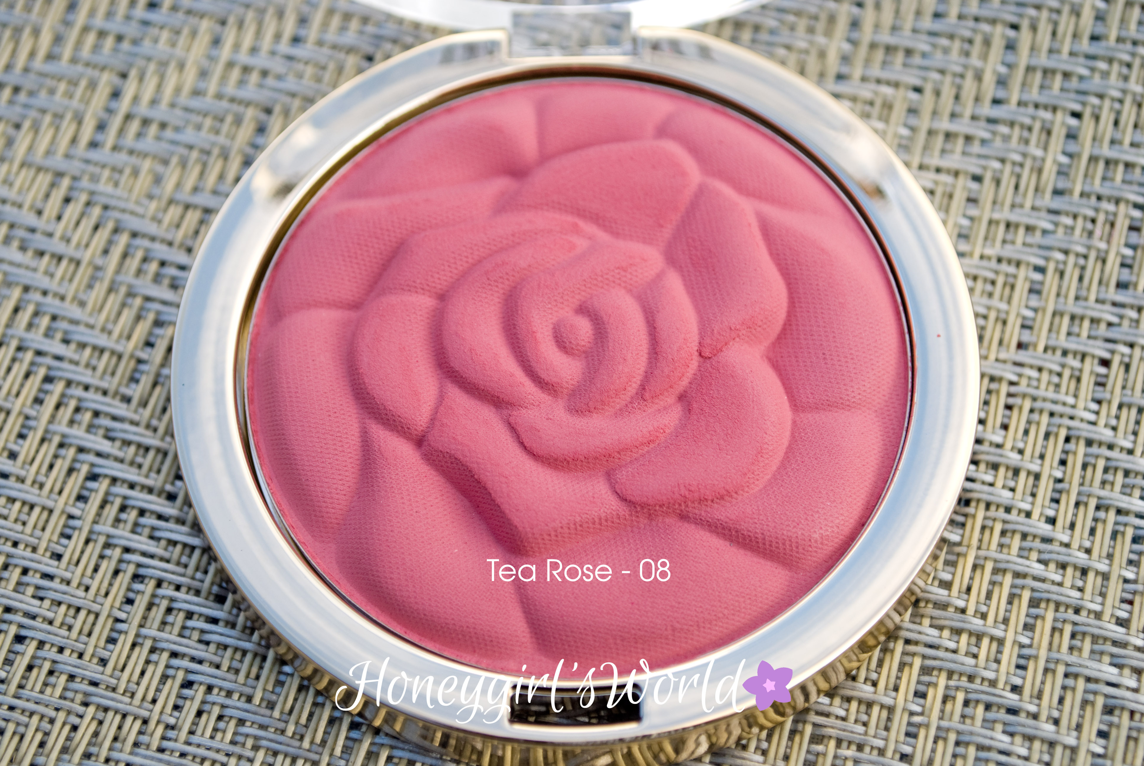 08 Tea Rose - Milani Rose Powder Blush