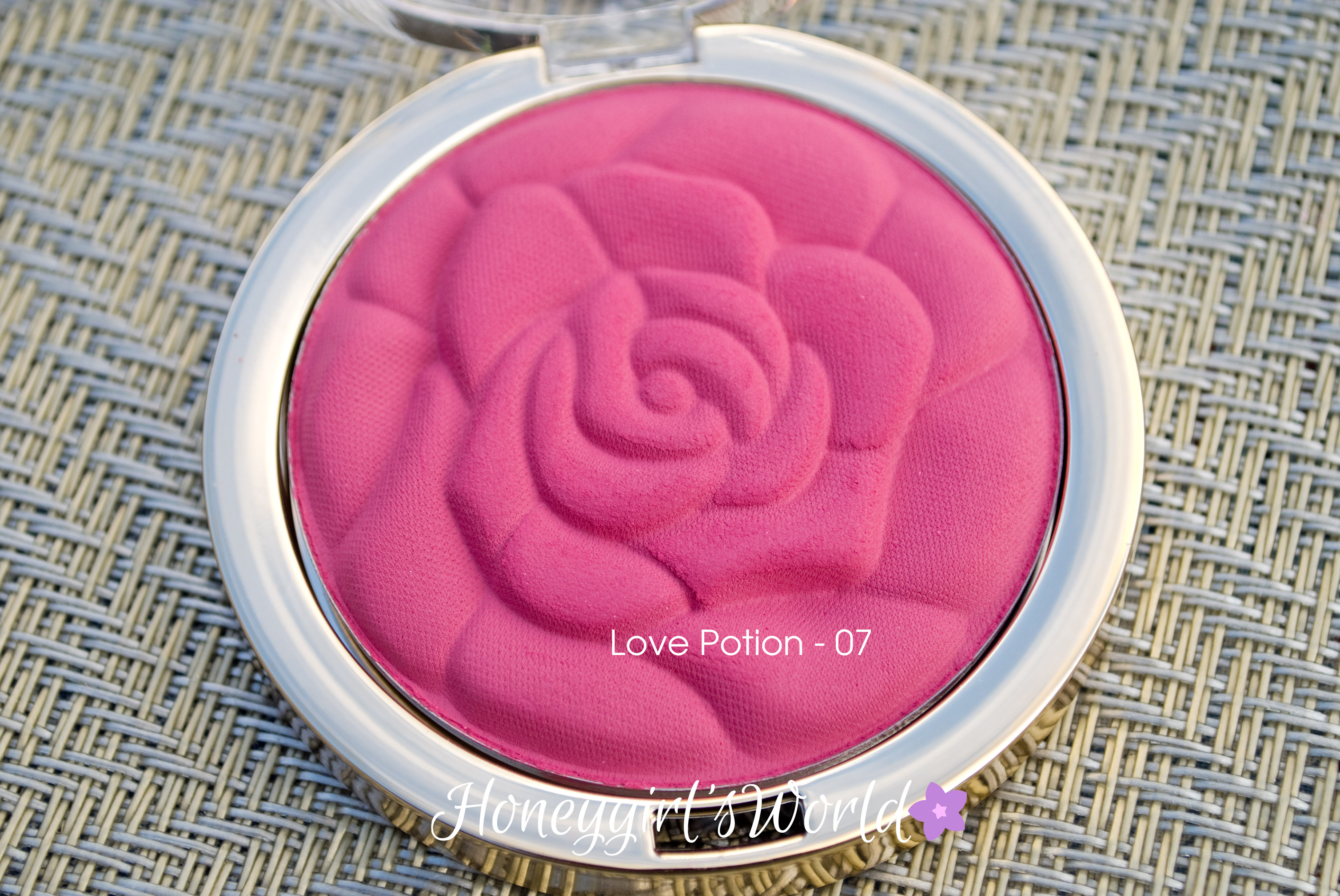 07 Love Potion - Milani Rose Powder Blush