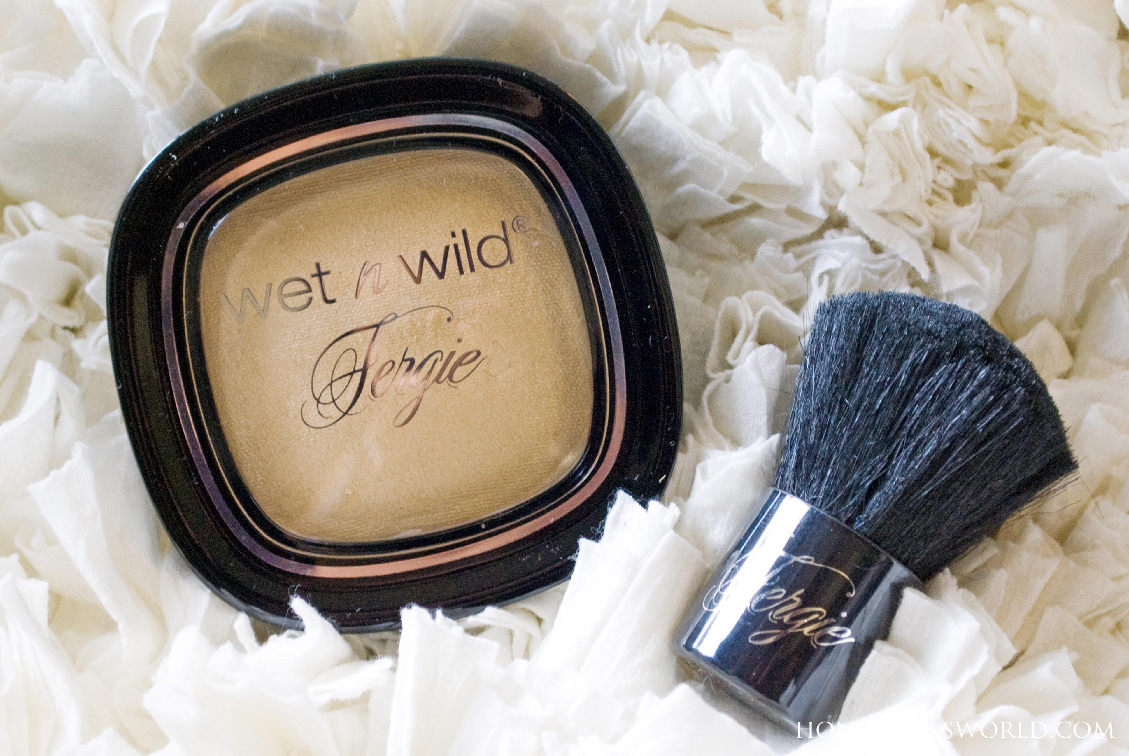 Wet n Wild Centerstage Shimmer Palette Photo Bomb