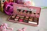 Too Faced Chocolate Bon Bons, Too Faced Chocolate bar, Too Faced, Bon Bons palette, review, beauty, palette, eye shadow palette, swatches, eye shadow palette swatches,