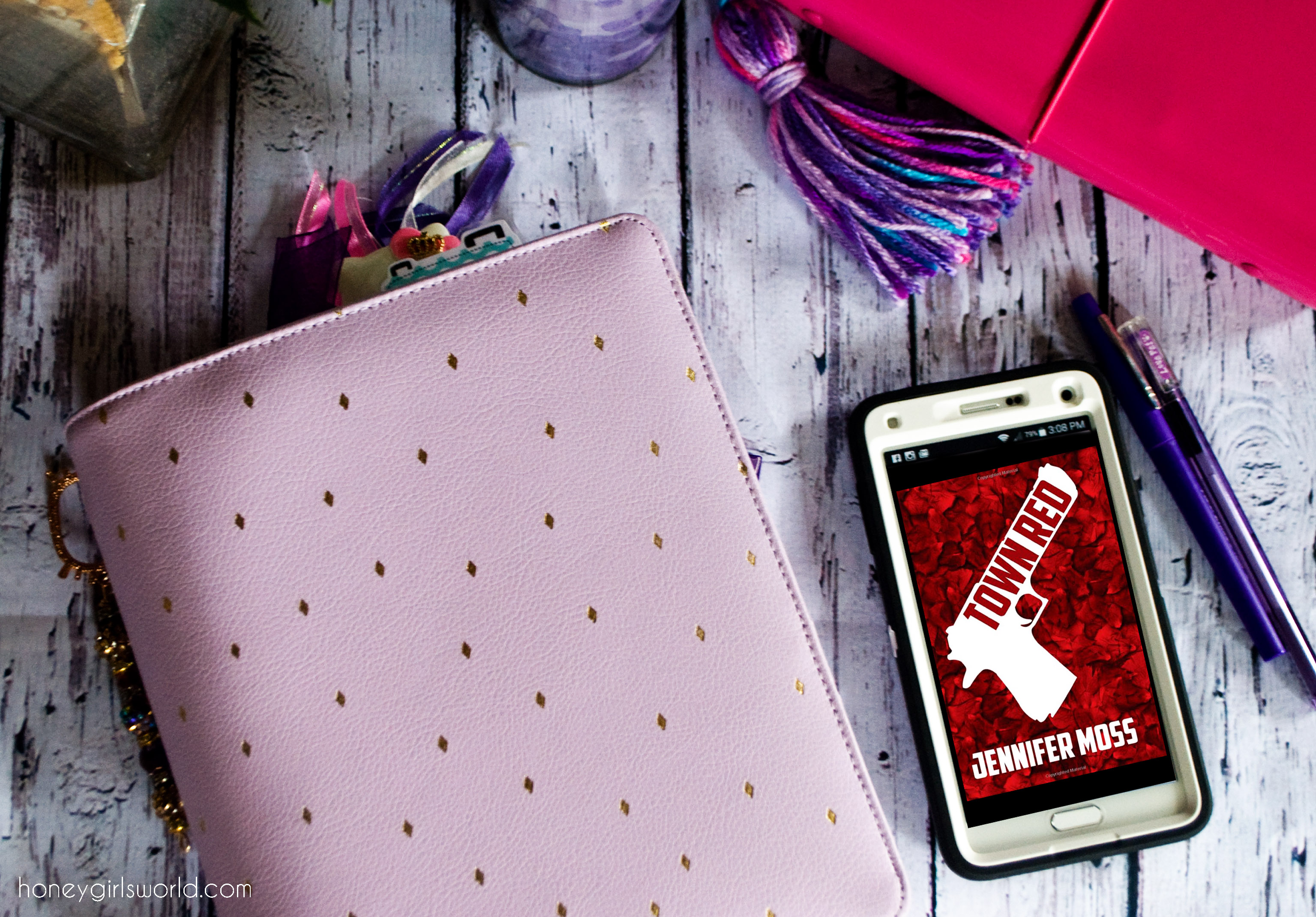 Town Red, Jennifer Moss, Town Red by Jennifer Moss, Book review, review, books, reading, kindle, kindle edition, book talk
