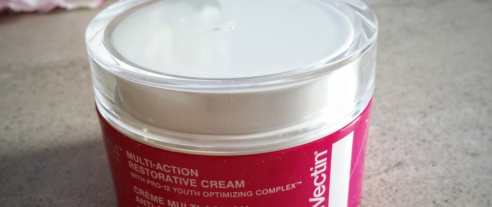 StriVectin, skincare, skin care, anti-aging, skin, face, moisturizer, StriVectin Multi-action restorative cream, restorative cream, anti-aging, 12 signs of aging, signs of aging, beauty, product review, review,
