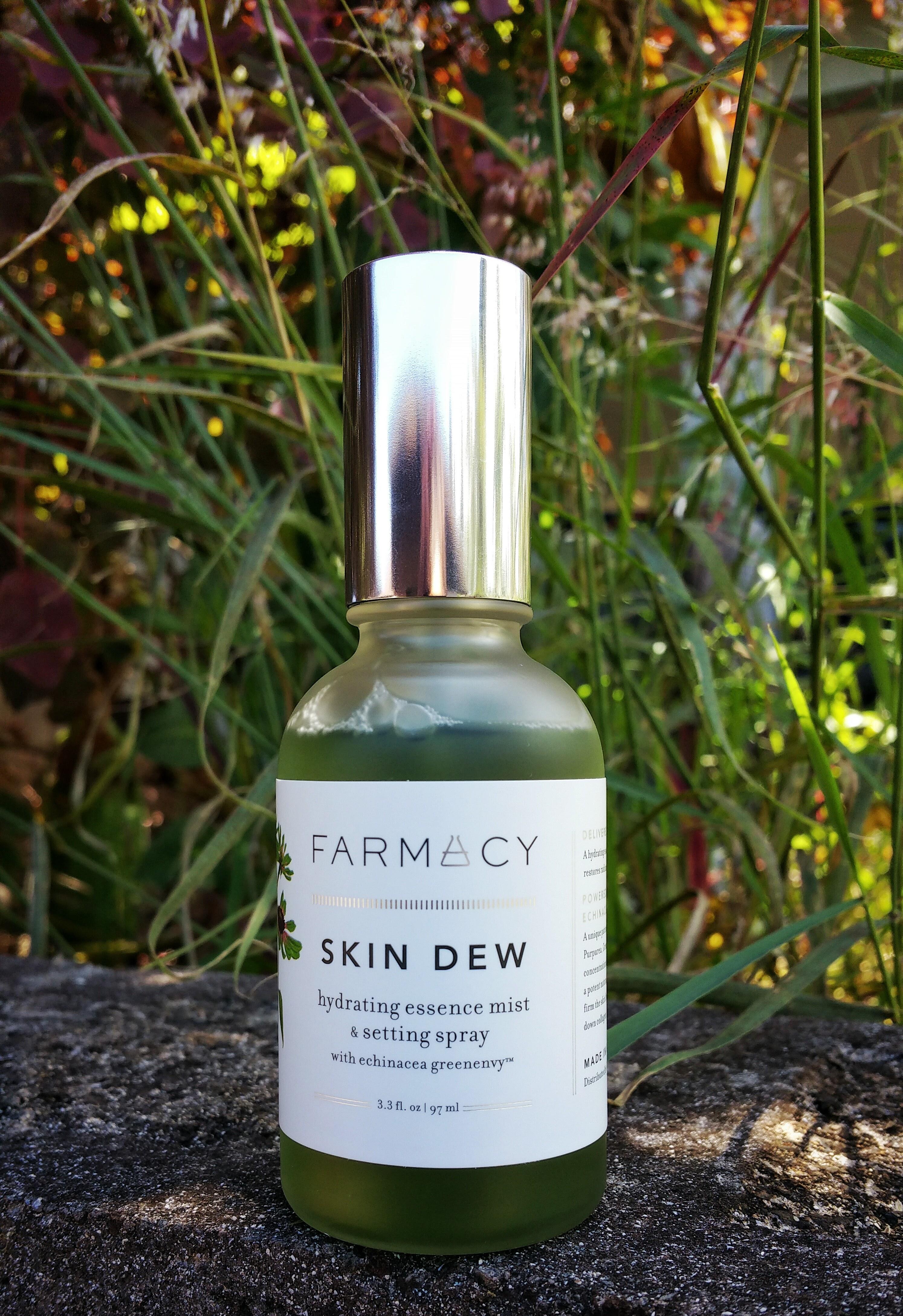 Farmacy, Skin care, moisture, Farmacy Skin Dew, Farmacy Beauty, facial spray, beauty, makeup setting spray, Farmacy skin dew hydrating essence mist and setting spray, makeup spray, farmacy,