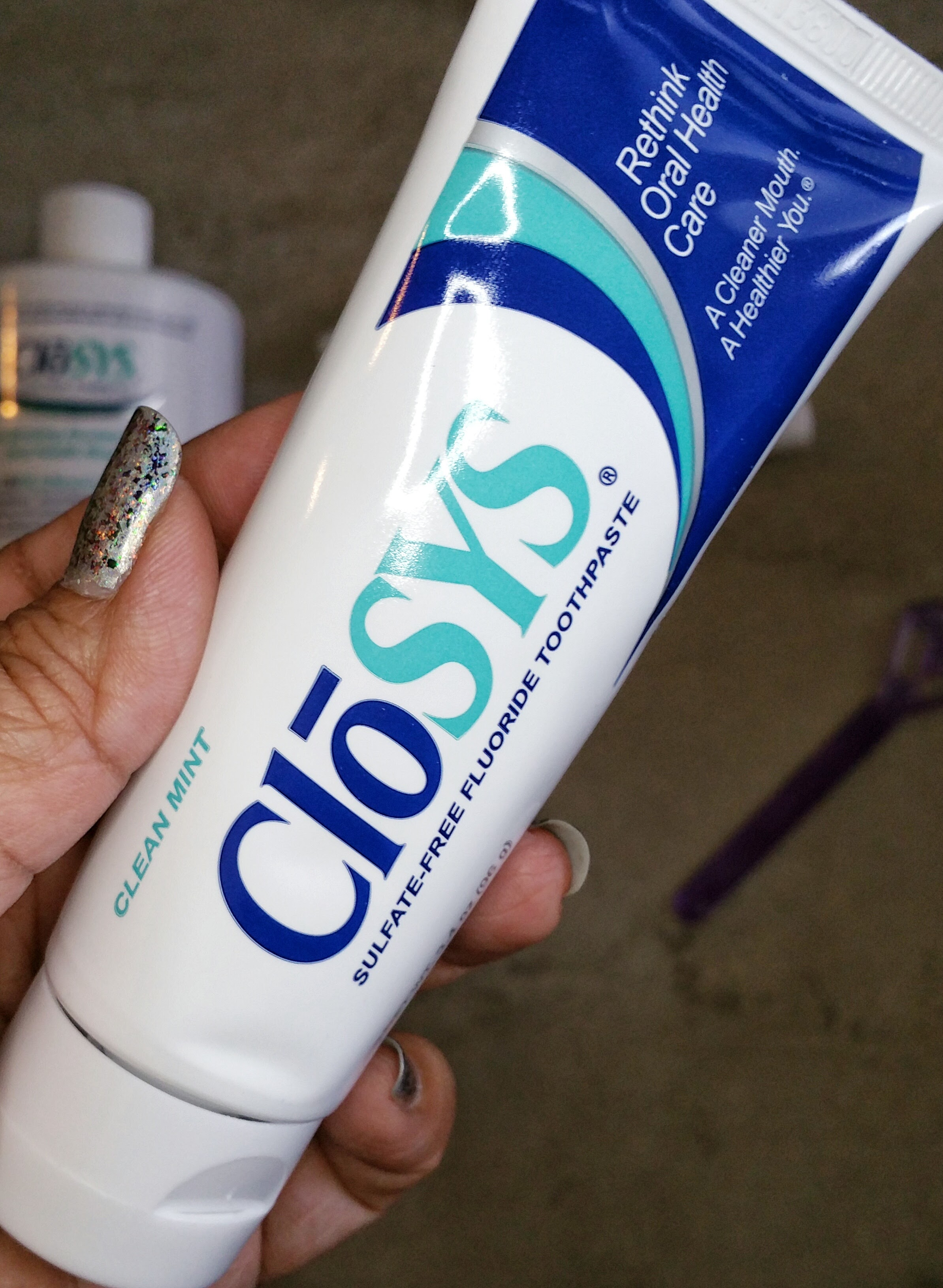 CloSYS, Teeth, teeth cleaning, teeth whitening, oral hygiene, alcohol free oral health care, health care, oral health care, CloSYS teeth, review, beauty, skin, health,