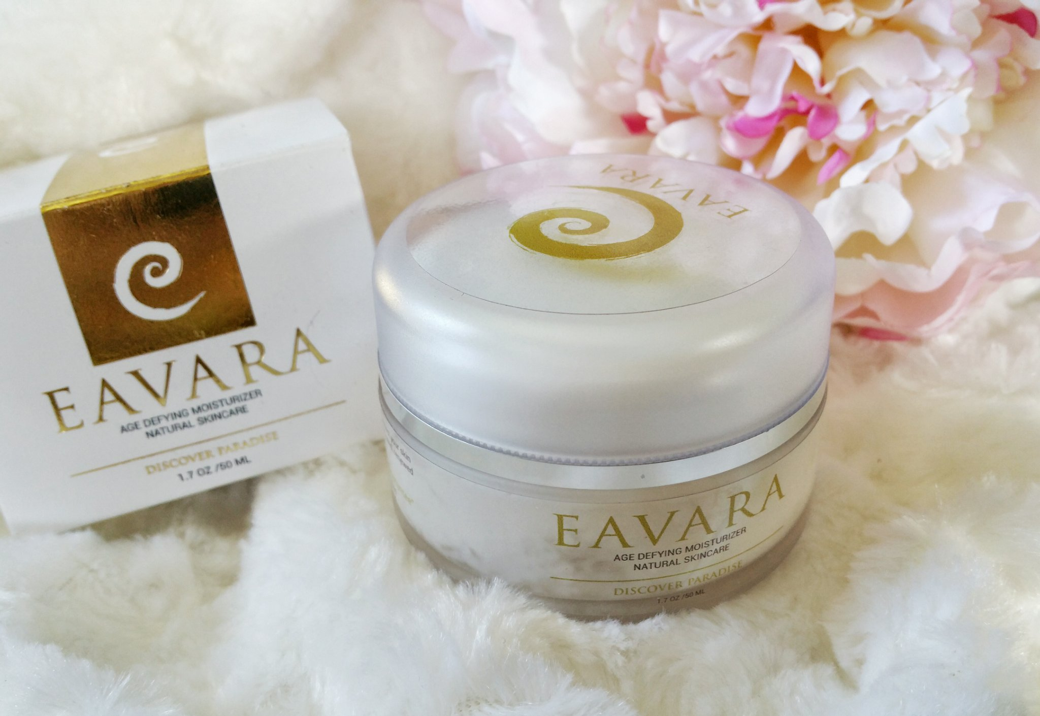age defying, moisturizer, Eavara, made in USA, cruelty free, organic, skin care, skin, facial moisturizer, hawaii, skin loving ingredients, coconut oil, moisturizer, anti-aging,