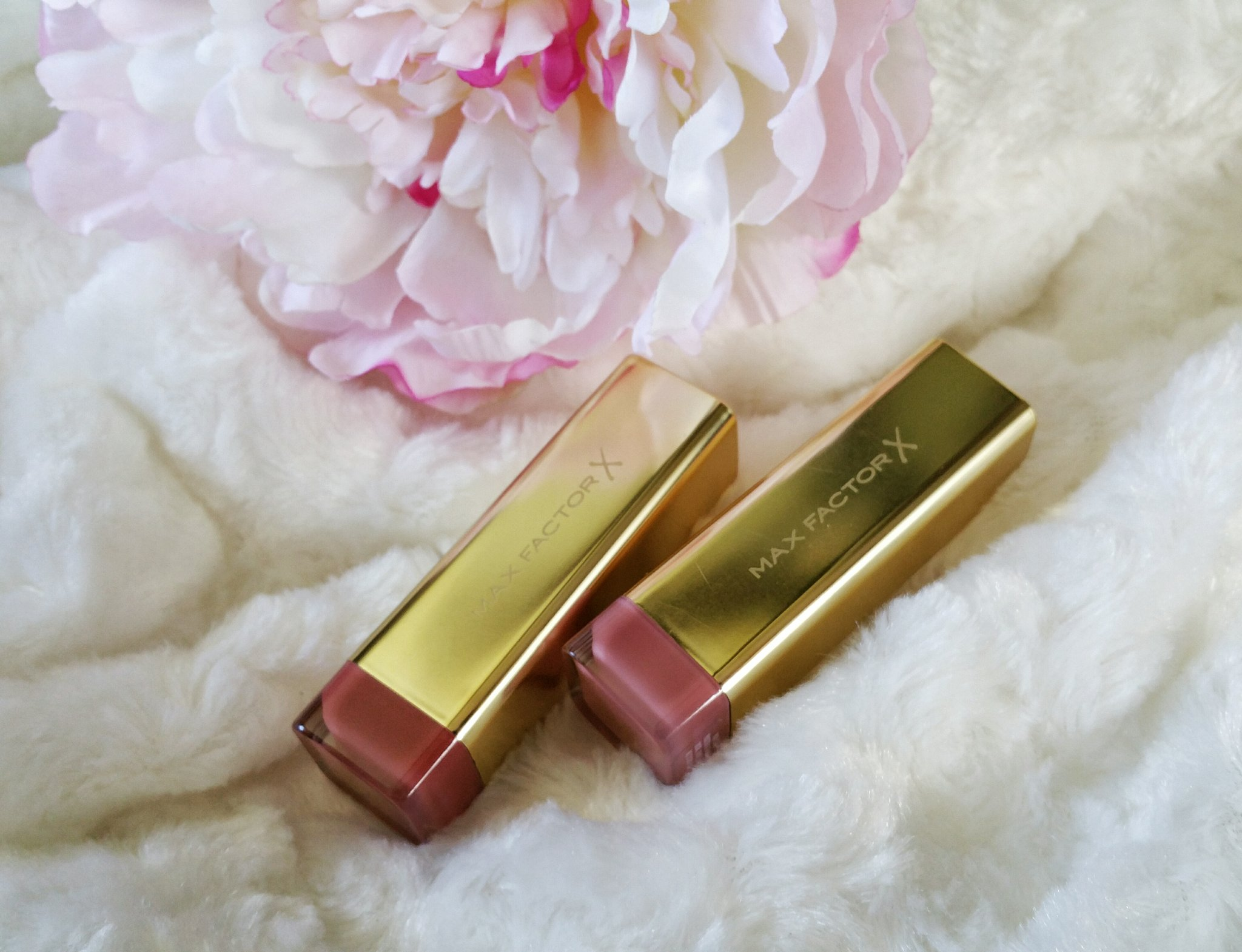 Max Factor, cosmetics, cult favorites, makeup artist, makeup, beauty, swatches, review, product review, beauty review, swatches,
