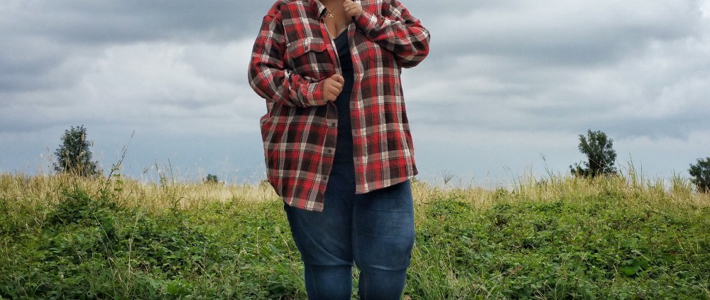 fashion, style, hawaii style, hawaii fashion, winter fashion, winter style, winter in hawaii, clothing, plus size, boots, fuzzy boots, flannel, plaid, tomboy style, hawaii girl, ootd, lotd, plus size look of the day, plus size lotd, plus size ootd,