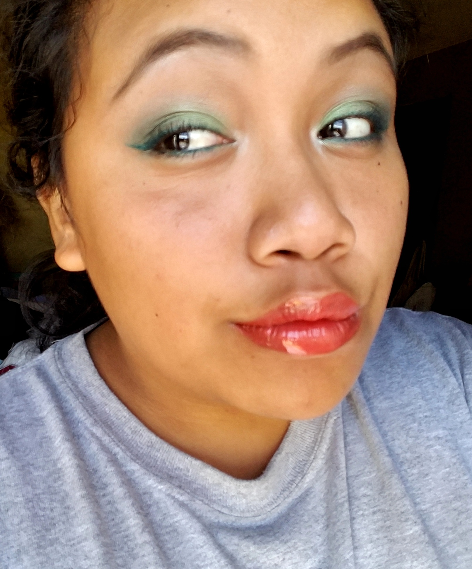 makeup monday, makeup, fotd, face of the day, beyu cosmetics, BeYu, makeup palette, makeup first impressions, swatches, makeup look, makeup tutorial, summer makeup, BeYu cosmetics review, sensitive skin, makeup for brown eyes,