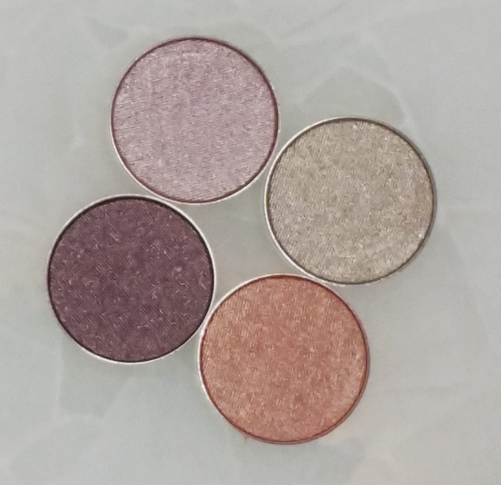 makeup, beauty junkees, beauty, swatches, lipsticks, eye shadows, matte liquid lipsticks, eye shadow, highlight, highlight duo, new makeup, affordable makeup, highend makeup, quality makeup, swatches, makeup review, amazon makeup,
