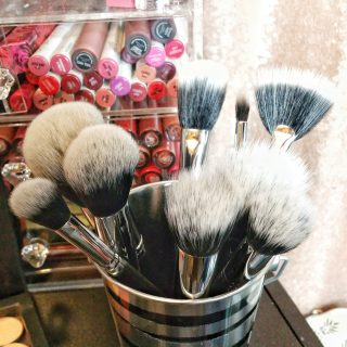 every day makeup, affordable makeup, affordable makeup brushes, makeup brushes, makeup tools, brushes, Beauty Junkees, stipling brushes, eye shadow brushes, foundation brushes, contour brushes,