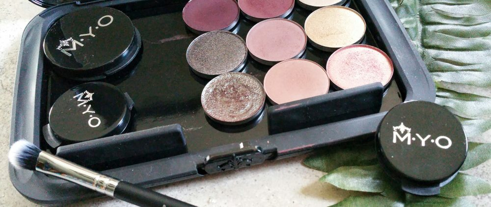 myo cosmetic case, beauty, makeup, travel, travel friendly makeup palette, makeup palette, magnetic makeup palette, magnetic makeup companion, beauty, travel, eye shadows, myo cosmetic case, cosmetic case, review, beauty,