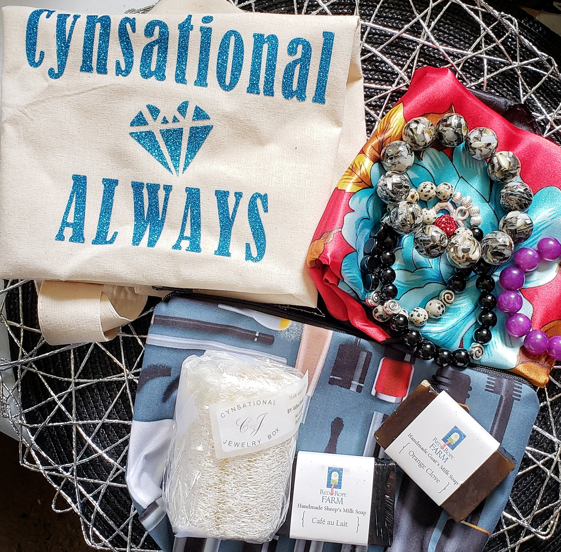 cynsational jewelry box, jewelry box, subscription box, beauty box, makeup box, monthly subscription box, makeup subscription box, jewelry subscription box, subscription box for kids, subscription box for women, subscription box for men, subscription boxes, rockbox, affordable jewelry, gifts for women, monthly subscription boxes, monthly jewelry subscription, unboxing, giveaway, cratejoy,