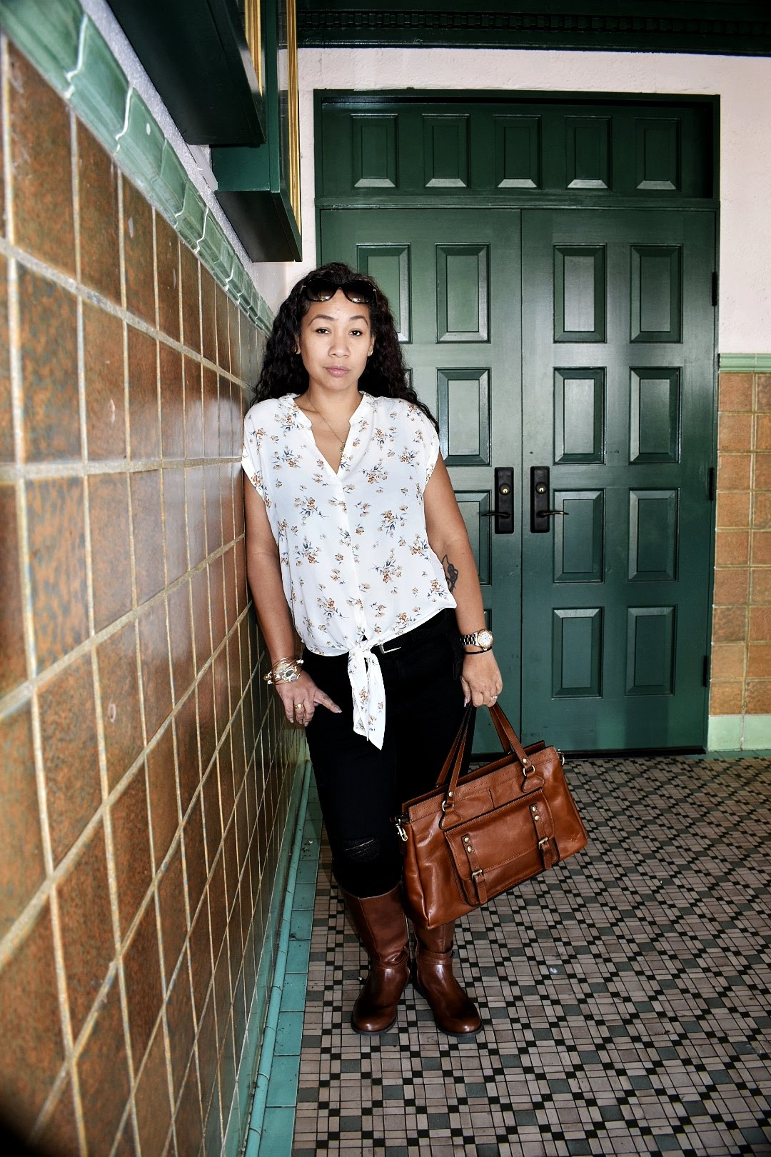 winter 2019, outfit, fashion, style, boots, leather boots, patricia nash, casual, dressy, plus size fashion, hawaii fashion, hawaii blogger, maui,